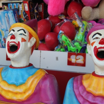 Like the WI State Fair, the Royal Melbourne Show featured games ...